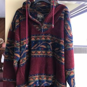 Vintage patterned fleece pullover